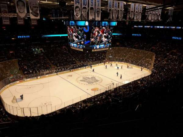 Scotiabank Arena, secção: 311, fila: 12, lugar: 27