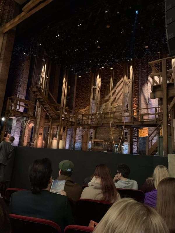 CIBC Theatre, secção: Orchestra R, fila: F, lugar: 12
