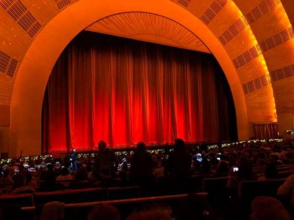 Radio City Music Hall, secção: Orchestra 6, fila: YY, lugar: 604