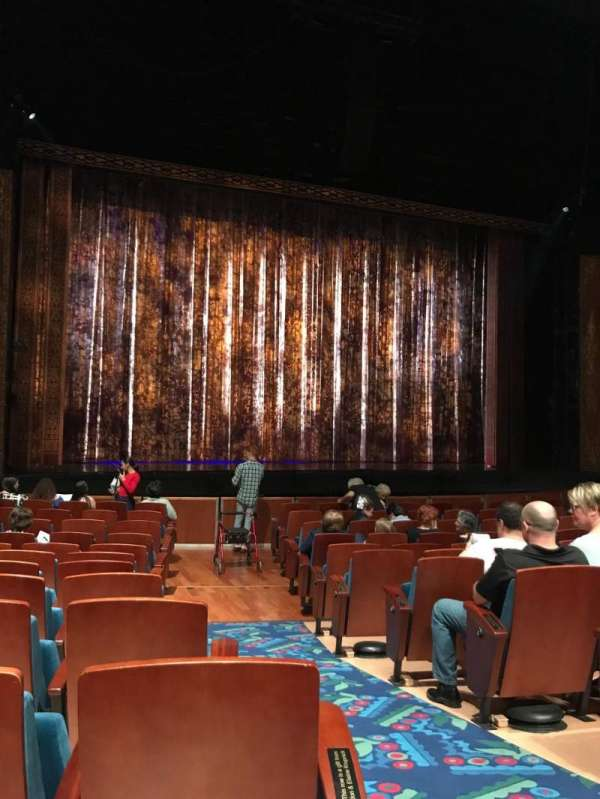 Au-Rene Theatre at the Broward Center, secção: Left orchestra, fila: Q, lugar: 3