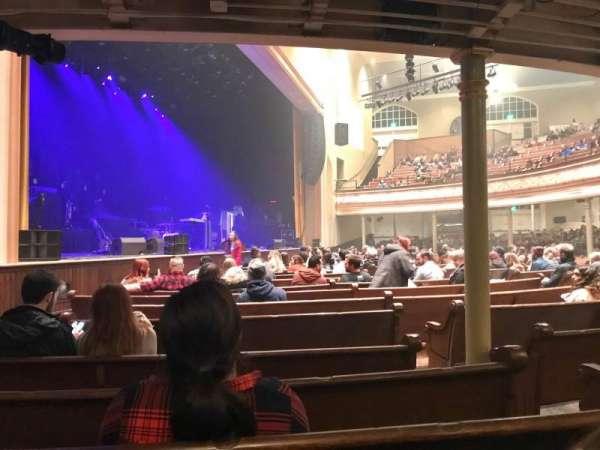 Ryman Auditorium, secção: MF-8, fila: Q, lugar: 4
