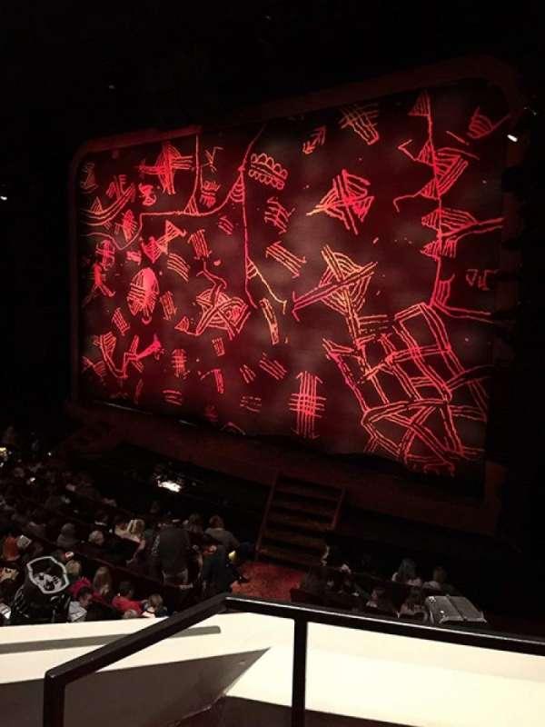 Minskoff Theatre, secção: Mezzanine, fila: AA, lugar: 6