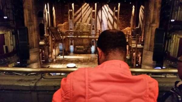 CIBC Theatre, secção: MEZZRC, fila: B, lugar: 302