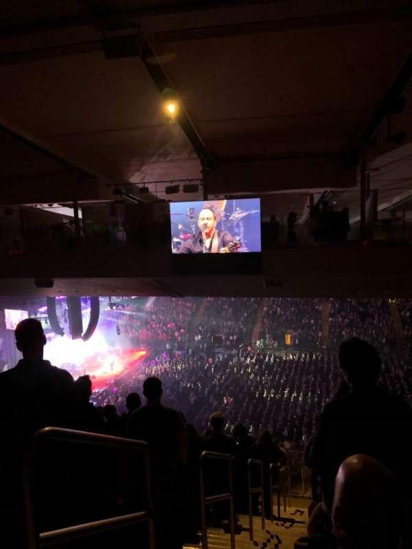 Madison Square Garden, secção: 225, fila: 22, lugar: 1