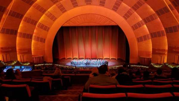 Radio City Music Hall, secção: 2nd mezzanine 3, fila: G, lugar: 310