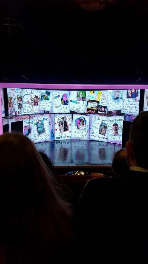 August Wilson Theatre, secção: Mezzanine C, fila: C, lugar: 111