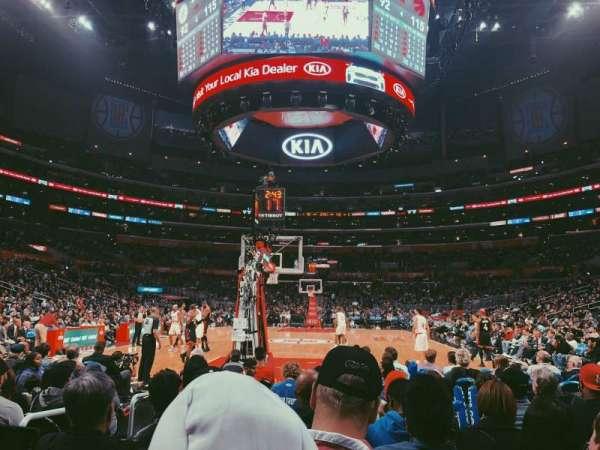 Staples Center, secção: 115, fila: J, lugar: 9