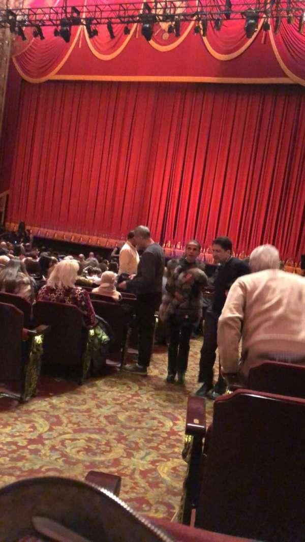 Kings Theatre (Brooklyn), secção: 3, fila: U, lugar: 1