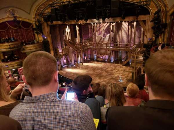 Richard Rodgers Theatre, secção: Front Mezzanine R, fila: E, lugar: 18