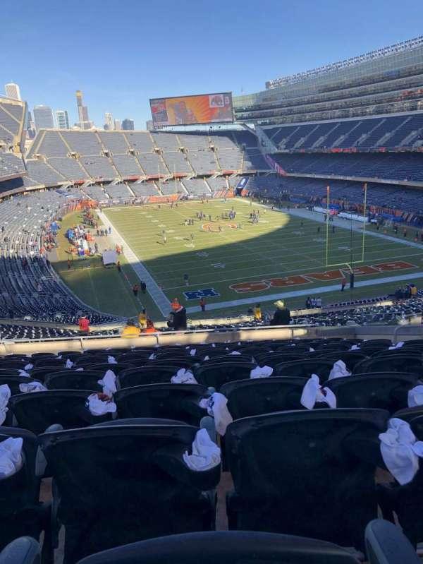 Soldier Field, secção: 335, fila: 12, lugar: 11