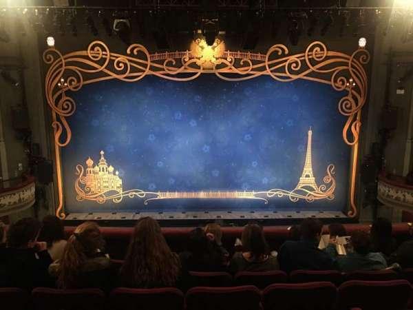 Broadhurst Theatre, secção: Mezzanine C, fila: F, lugar: 107