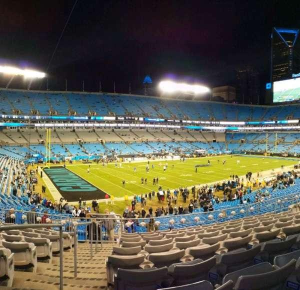 Bank of America Stadium, secção: 349, fila: 10, lugar: 13