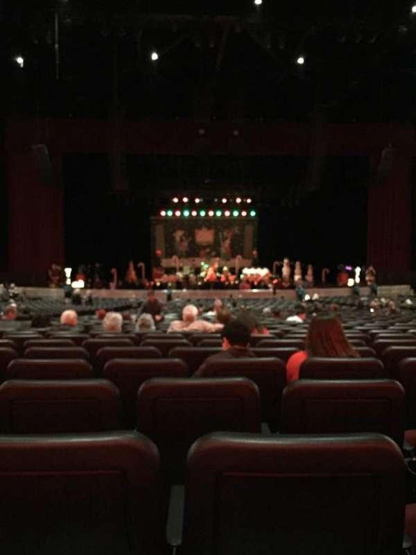 Microsoft Theater, secção: Orchestra Center, fila: PP, lugar: 319
