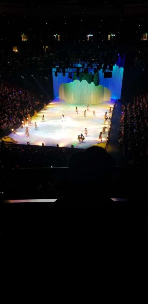 Honda Center, secção: 443, fila: B, lugar: 8