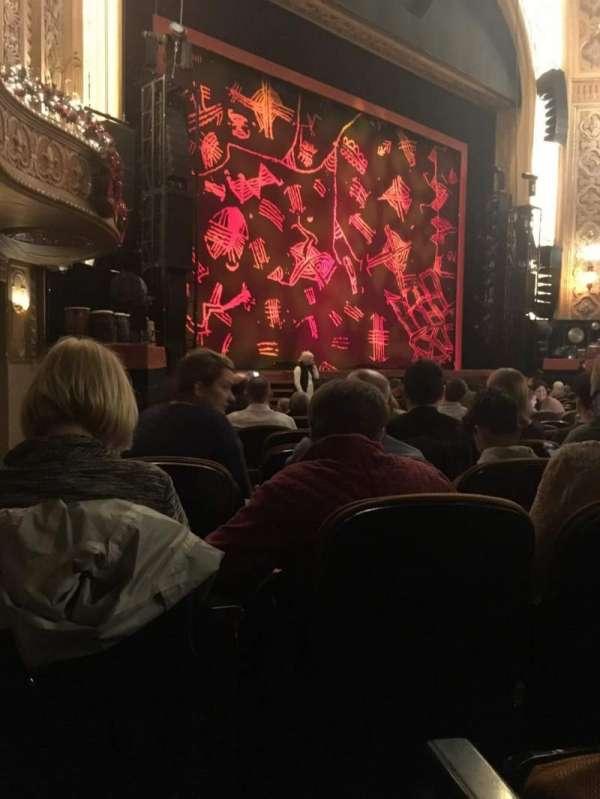 Paramount Theatre (Seattle), secção: MF1, fila: L, lugar: 8