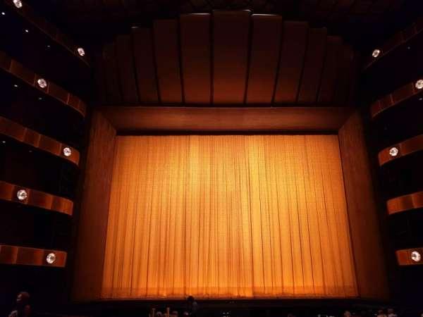 David H. Koch Theater, secção: Orchestra, fila: Q, lugar: 109