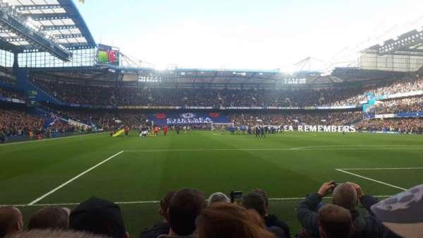 Stamford Bridge, secção: Shed End Lower 6, fila: 6, lugar: 142