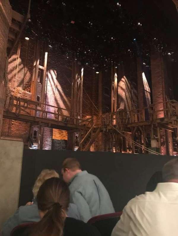 CIBC Theatre, secção: ORCH-L, fila: D, lugar: 11
