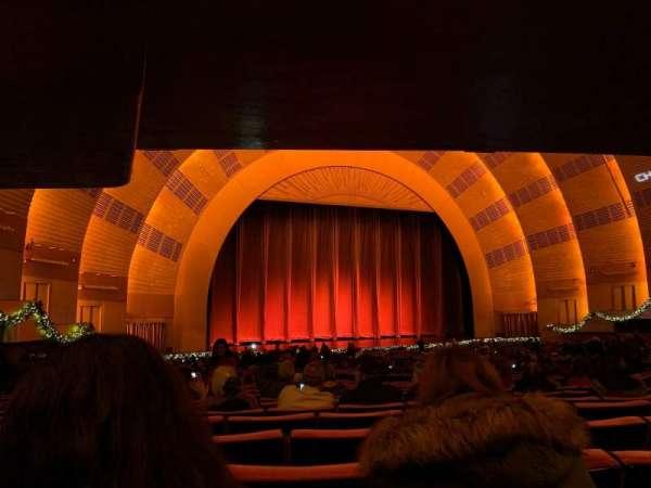 Radio City Music Hall, secção: Orchestra 6, fila: S, lugar: 609 thru 613