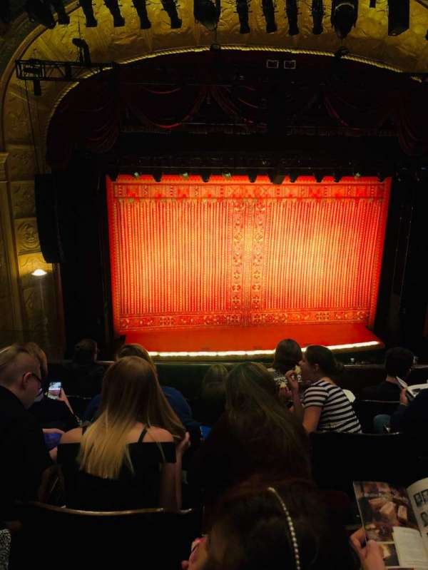 Detroit Opera House, secção: Trustee Circle 3, fila: EE, lugar: 213
