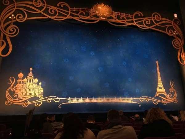 Broadhurst Theatre, secção: Orchestra C, fila: J, lugar: 102