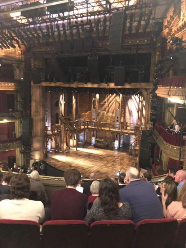 CIBC Theatre, secção: Mezzanine R, fila: G, lugar: 12