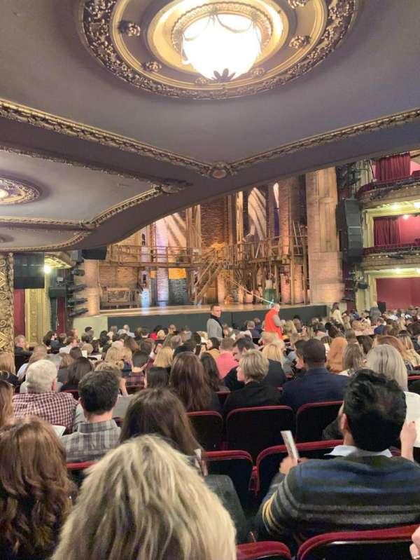 CIBC Theatre, secção: Orchestra L, fila: T, lugar: 17, 19