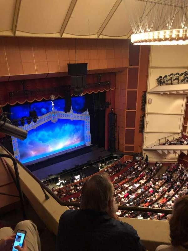 Uihlein Hall, secção: Balcony, fila: 2, lugar: 2