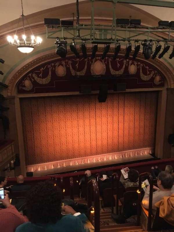 Booth Theatre, secção: Mezz, fila: H, lugar: 1