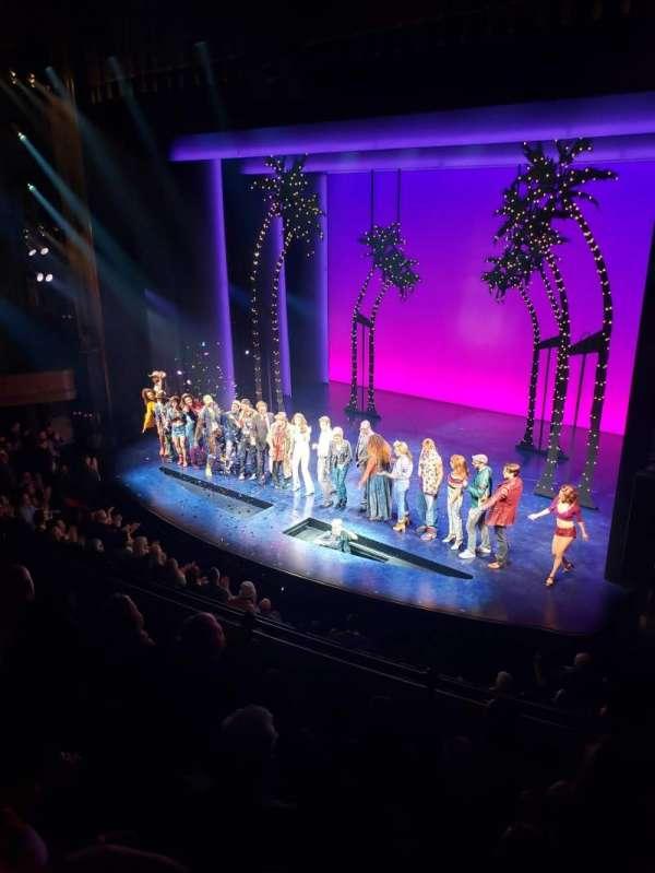 Nederlander Theatre, secção: Mezzanine R, fila: E, lugar: 18