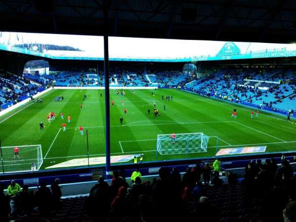 Hillsborough Stadium, secção: West Stand Upper (Away End), fila: 20, lugar: 46