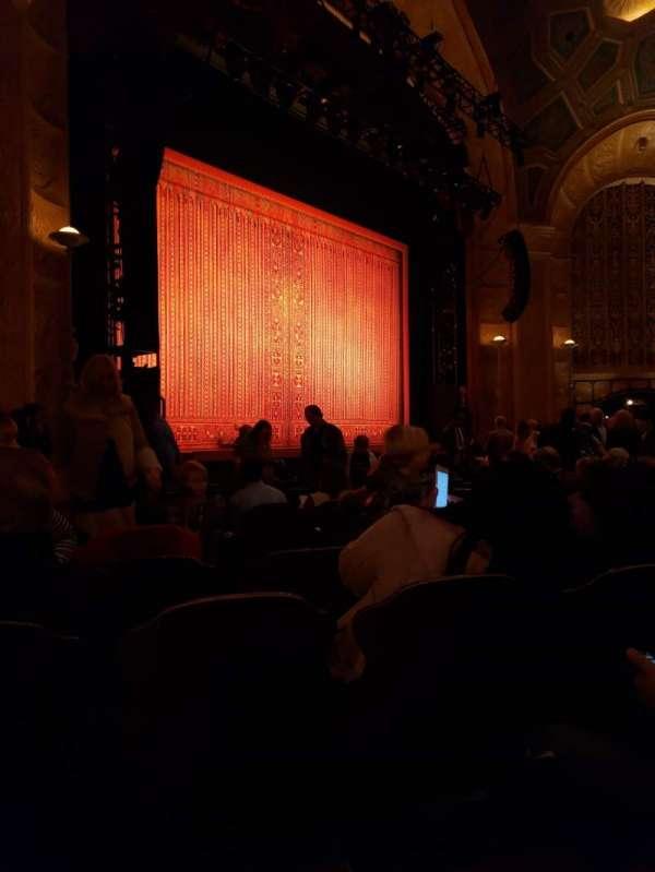 Detroit Opera House, secção: Main Floor 5, fila: M, lugar: 9