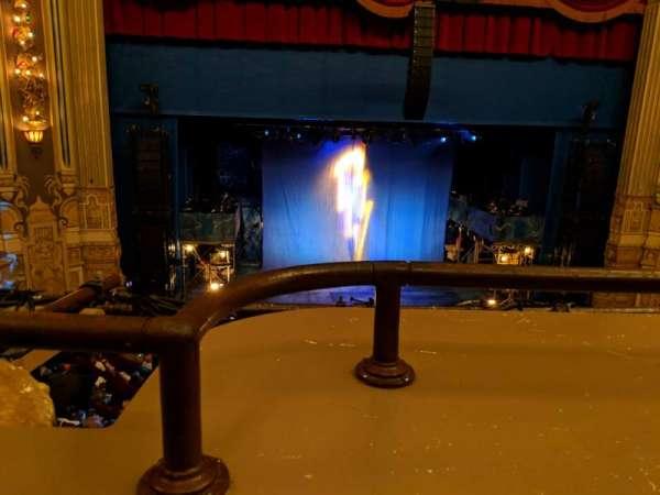 Nederlander Theatre (Chicago), secção: LC, fila: A, lugar: 327