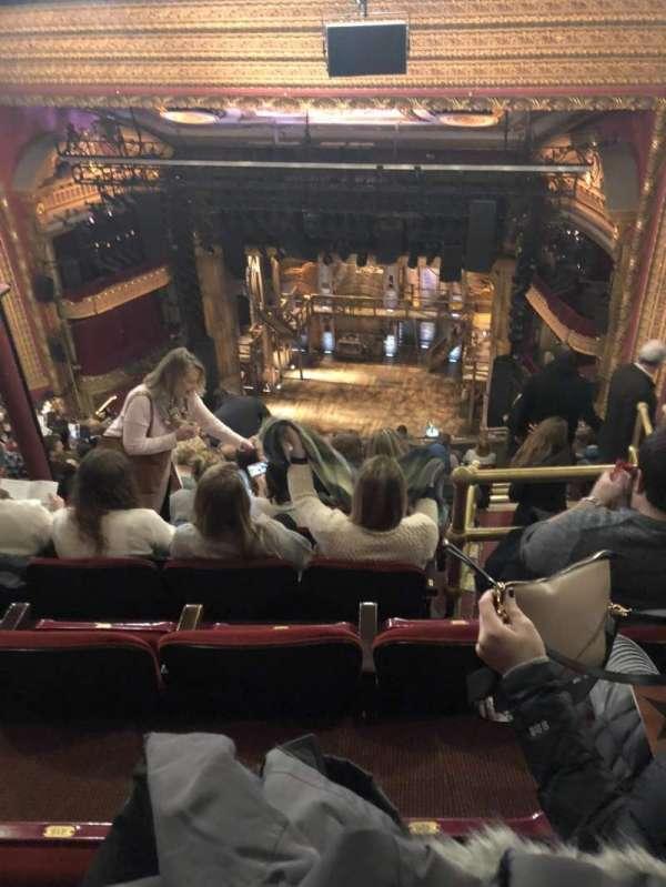 CIBC Theatre, secção: Balcony RC, fila: N, lugar: 420