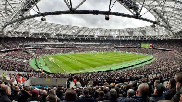London Stadium, secção: 231, fila: 42, lugar: 598