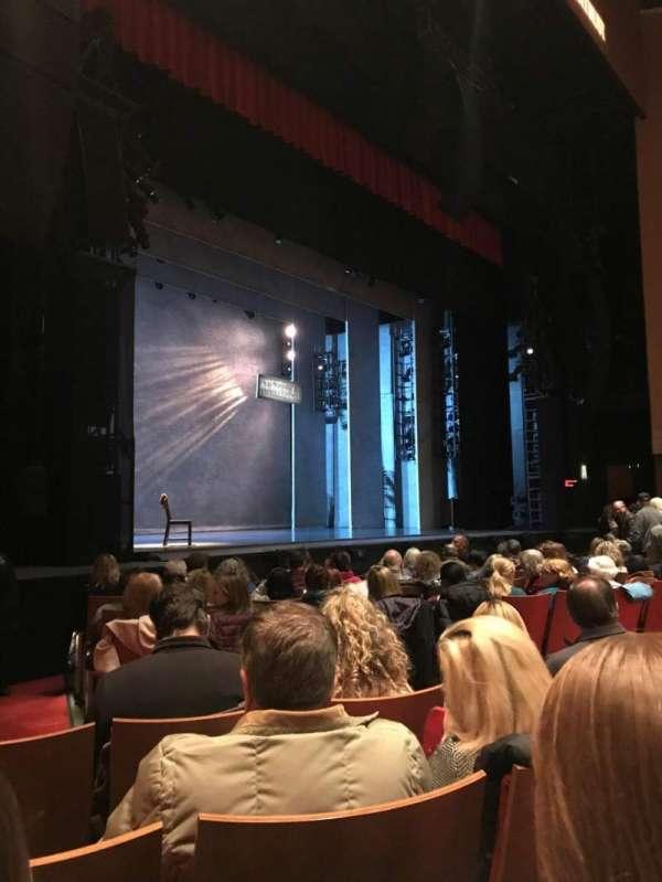 Durham Performing Arts Center, secção: 2, fila: J, lugar: 314
