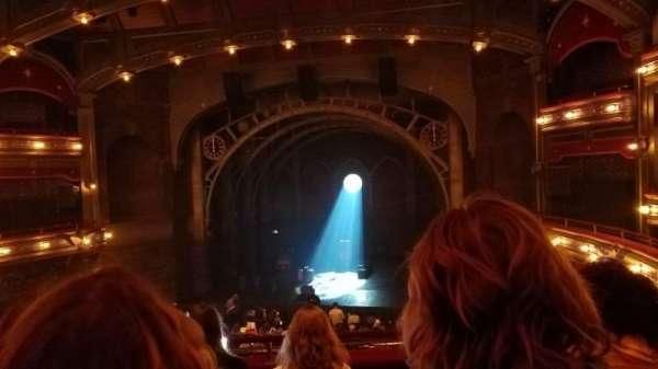 Lyric Theatre, secção: Dress Circle, fila: E, lugar: 124