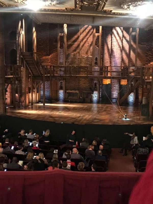 CIBC Theatre, secção: Dress Circle RC, fila: B, lugar: 222
