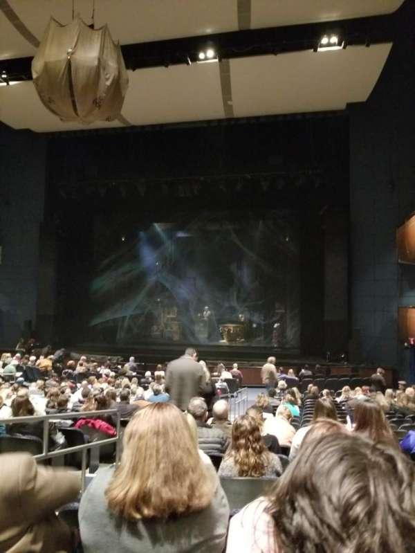 Thelma Gaylord Performing Arts Theatre, secção: Orchestra Right, fila: U, lugar: 3-4