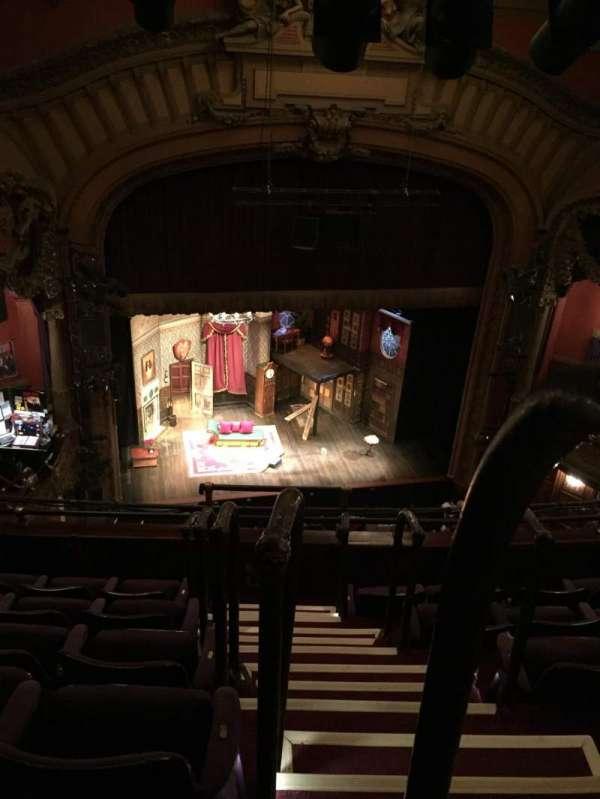 Lyceum Theatre (Broadway), secção: Balcony L, fila: F, lugar: 1