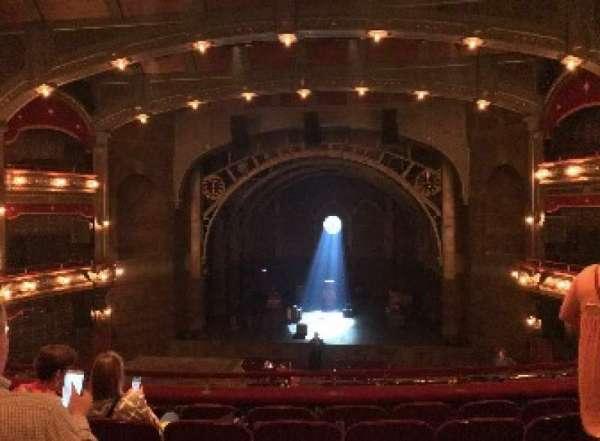 Lyric Theatre, secção: DRESSC, fila: F, lugar: 118