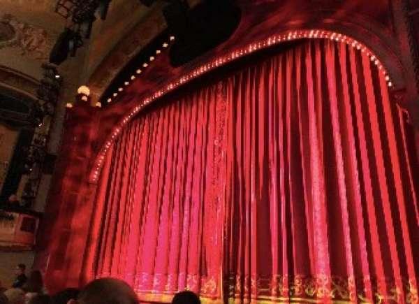 Shubert Theatre, secção: Orchestra R, fila: G, lugar: 10