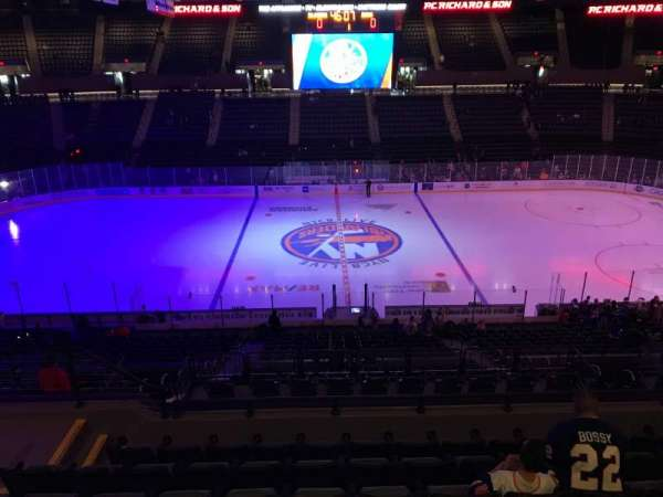Nassau Veterans Memorial Coliseum, secção: 223, fila: 7, lugar: 11