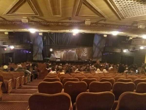 Majestic Theatre, secção: Orchestra C, fila: V, lugar: 101