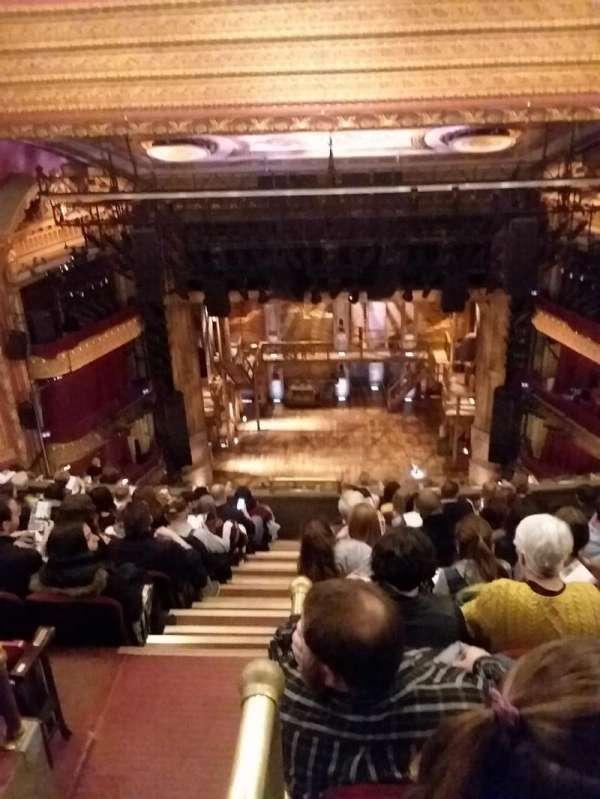 CIBC Theatre, secção: BALCRC, fila: K, lugar: 402