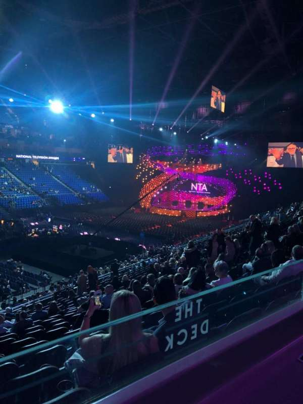 The O2 Arena, secção: Amazon Deck, fila: ZZ, lugar: 106