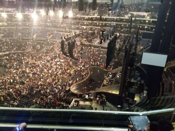 Staples Center, secção: 332, fila: 6, lugar: 10