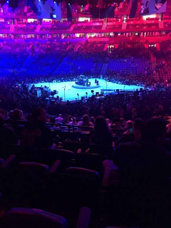 Bridgestone Arena, secção: 106, fila: E, lugar: 9