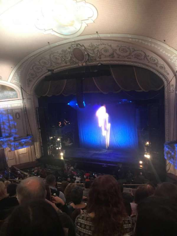 Merriam Theater, secção: Balcony, fila: H, lugar: 16