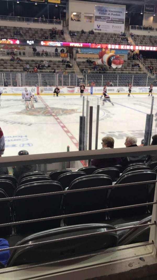 Indiana Farmers Coliseum, secção: 209, fila: A, lugar: 20